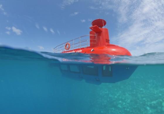Neues Semi-U-Boot der Malediven auf Kumarathi
